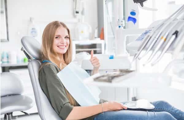 כל סוגי השתלת שיניים מחירים
