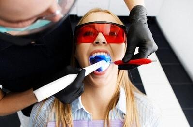 הלבנת שיניים טבעית דרכים פשוטות להלבין את השיניים